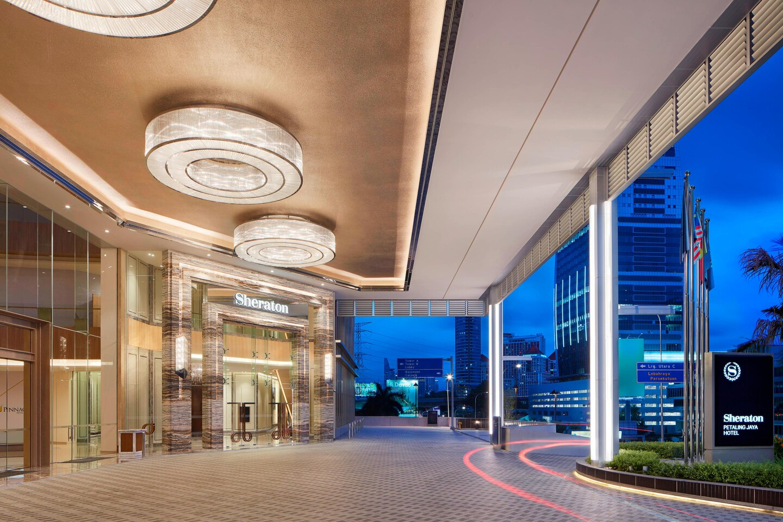 Explore Malaysia from a 5-star hotel – Sheraton Petaling Jaya