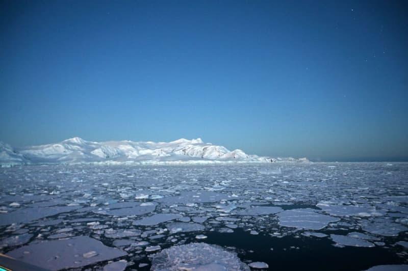Antarctica registers record temperature of over 20 C